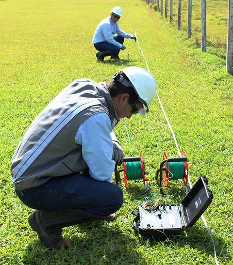 mediçao de resistividade do solo apidutos